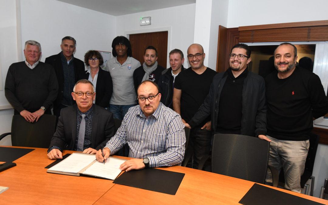 Une convention sportive et éducative entre l'USLM Football et la municipalité