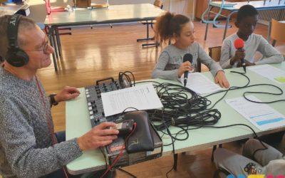 Le CLAS à la radio